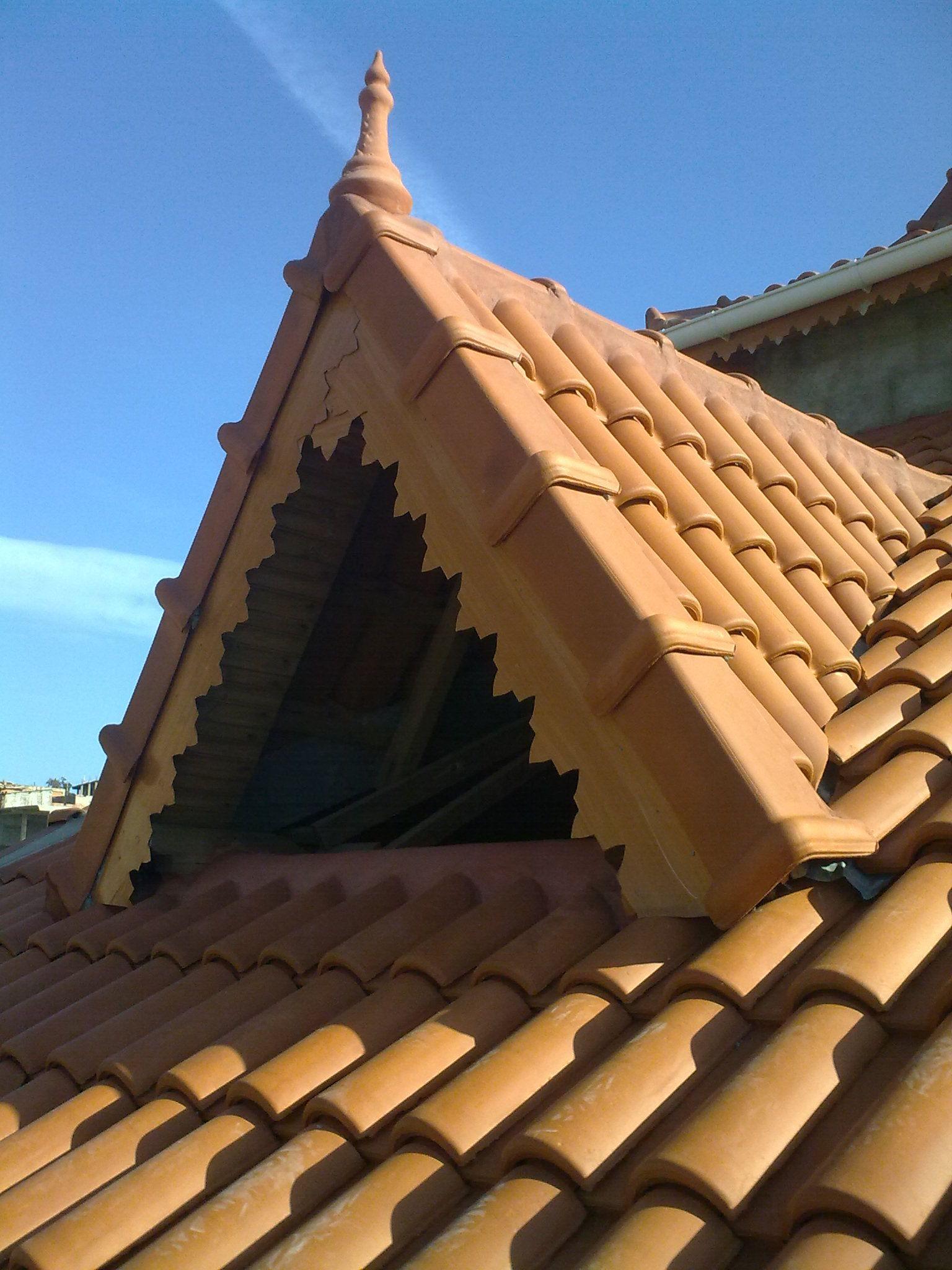 charpente en bois toiture d coration. Black Bedroom Furniture Sets. Home Design Ideas